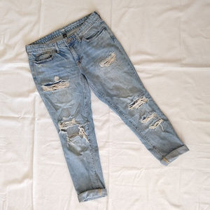 Gap Destructed Sexy Boyfriend Jeans Light Wash